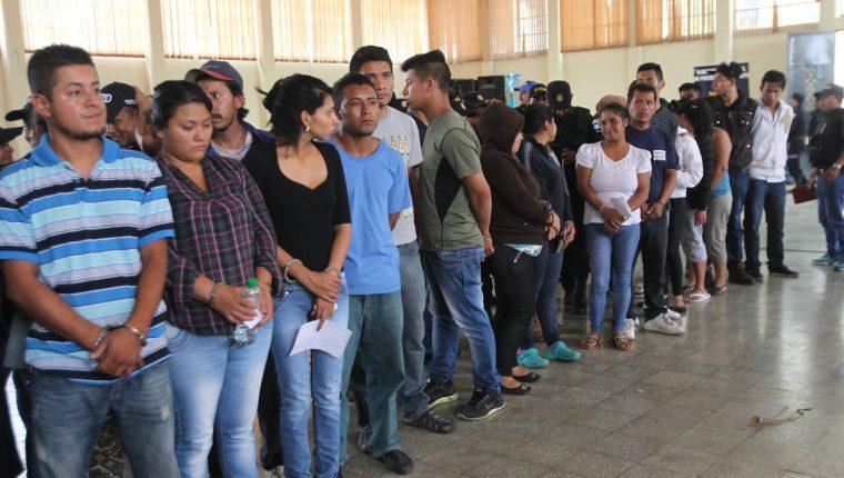 De acuerdo con el Ministerio Público la estructura también está vinculada con 30 asesinatos. (Foto Prensa Libre: Érick Avila)