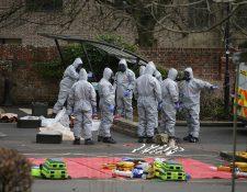La Policía británica que busca a los autores de un ataque de agentes neurotóxicos contra un e espía ruso está examinando más de 200 pruebas en el Reino Unido. (Fpto Prensa Libre:AFP).