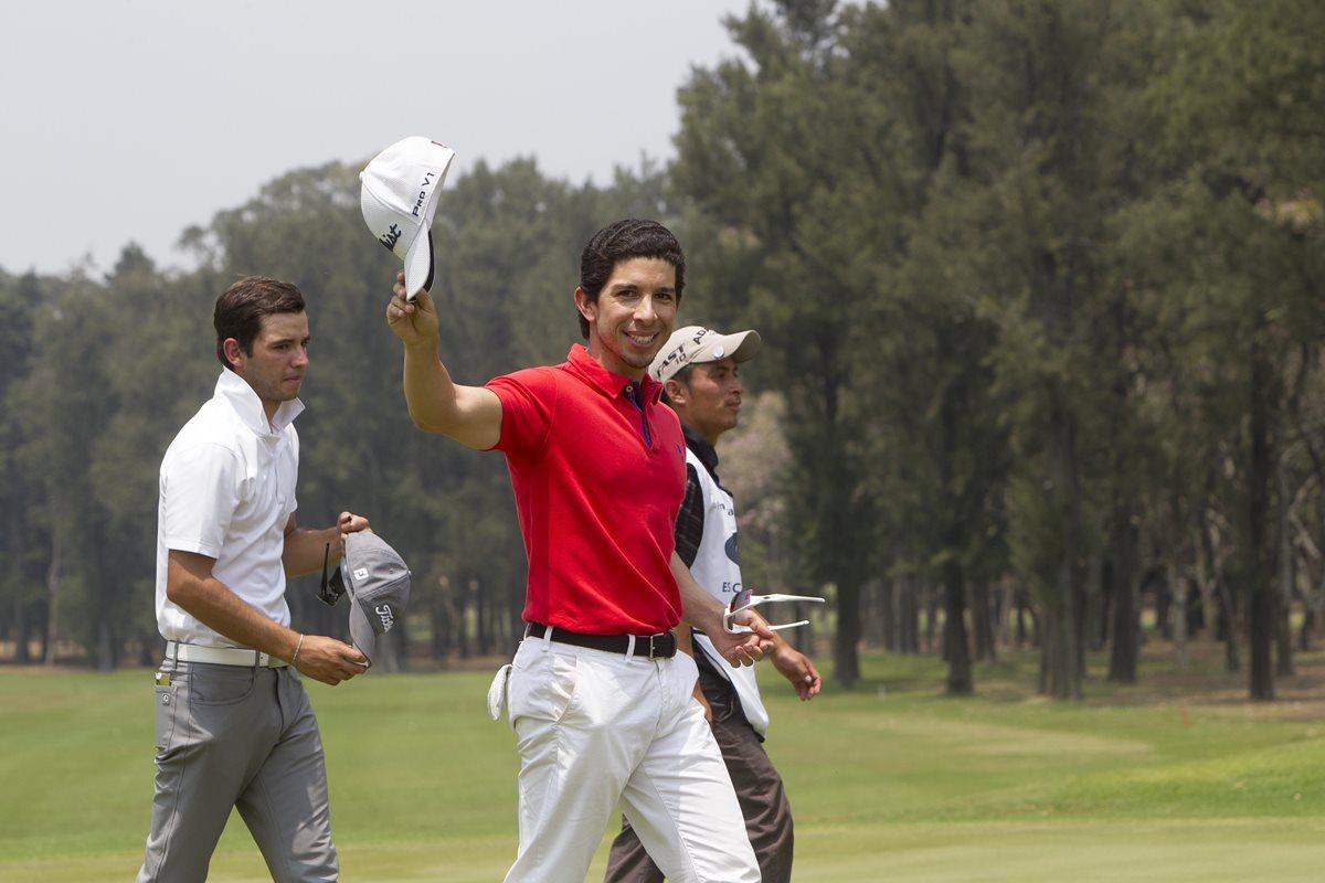 Pablo Acuña lidera el Mayan Golf 2017 después de dos rondas de competencia. (Foto Prensa Libre: Norvin Mendoza)
