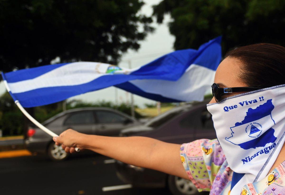 Ciudades de Nicaragua siguen bajo asedio de fuerzas de Ortega