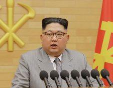 Kim Jong-Un durante su discurso de año nuevo el lunes 1 de enero de 2018. (Foto Prensa Libre: AFP)