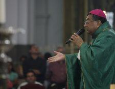 El arzobispo Óscar Julio Vian fue diagnosticado de cáncer en diciembre de 2017. (Foto Prensa Libre: Hemeroteca)