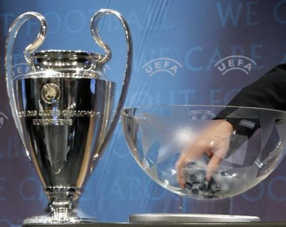 Todo listo para el sorteo de octavos de final de la Champions League. (Foto Prensa Libre: EFE)