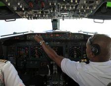 Pilotos de dos aerolíneas dijeron que vieron luces muy brillantes cuando volaban sobre Irlanda. GETTY IMAGES