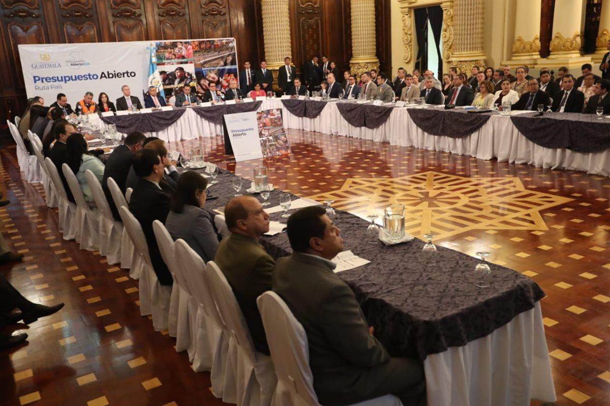 El Ministerio de Finanzas, presentará los escenarios macro fiscales para la formulación del proyecto de presupuesto 2020 el próximo 29 de mayo. (Foto Prensa Libre: Hemeroteca)