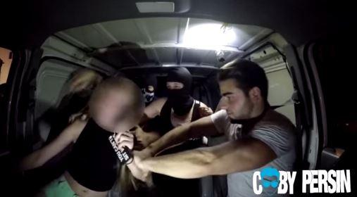 Jenna, la tercera de las víctimas se subió al carro del supuesto hermano de Jason Biazzo. (Foto Prensa Libre: Youtube).
