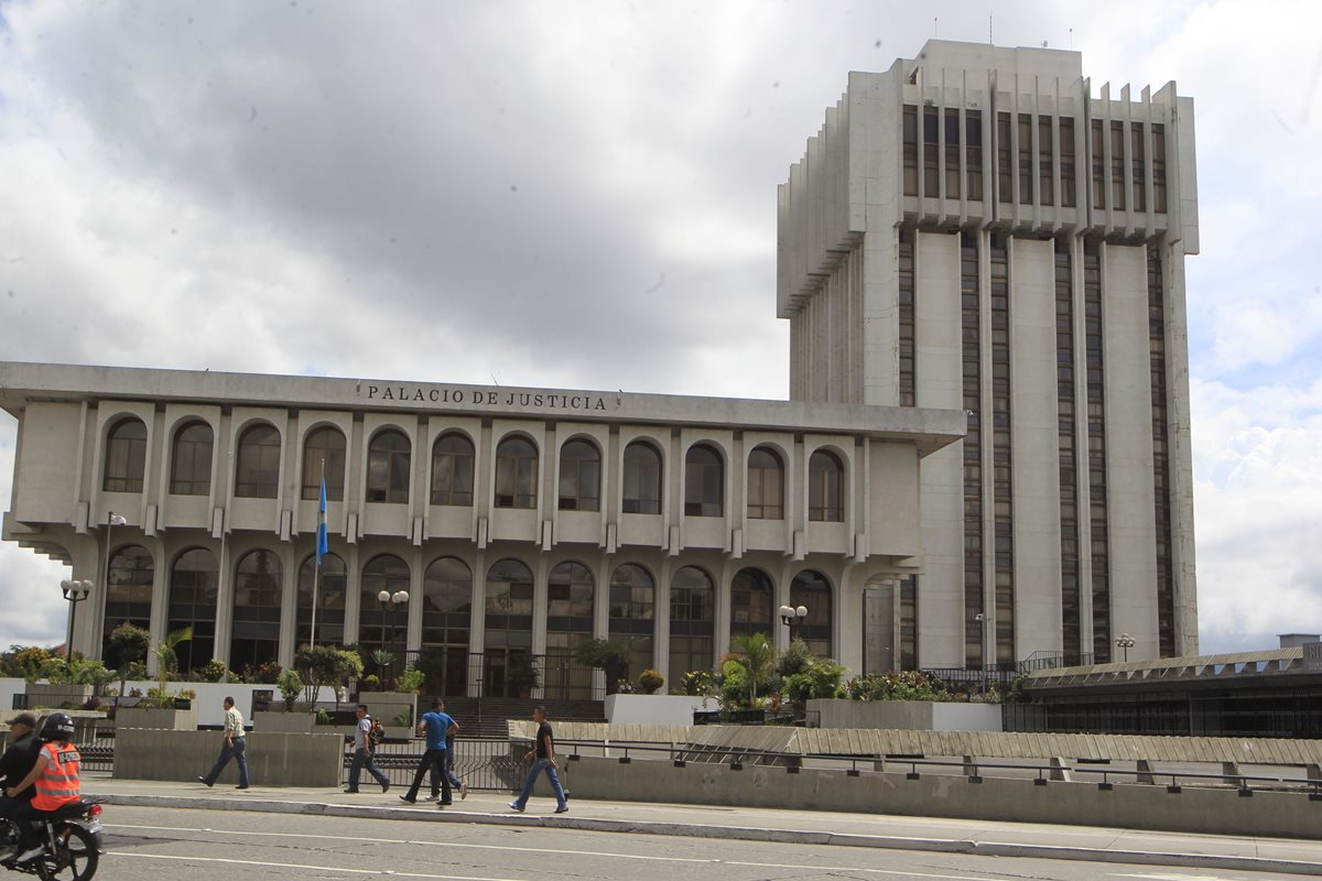 Autoridades del Organismo Judicial esperan que con la creación de nuevas judicaturas avancen más procesos. (Foto Prensa Libre: Hemeroteca PL)