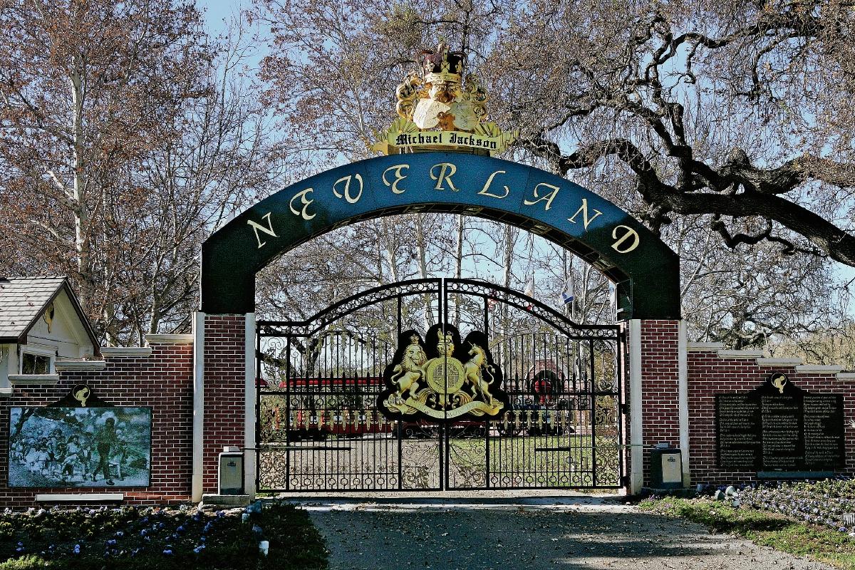 Neverland está a la venta