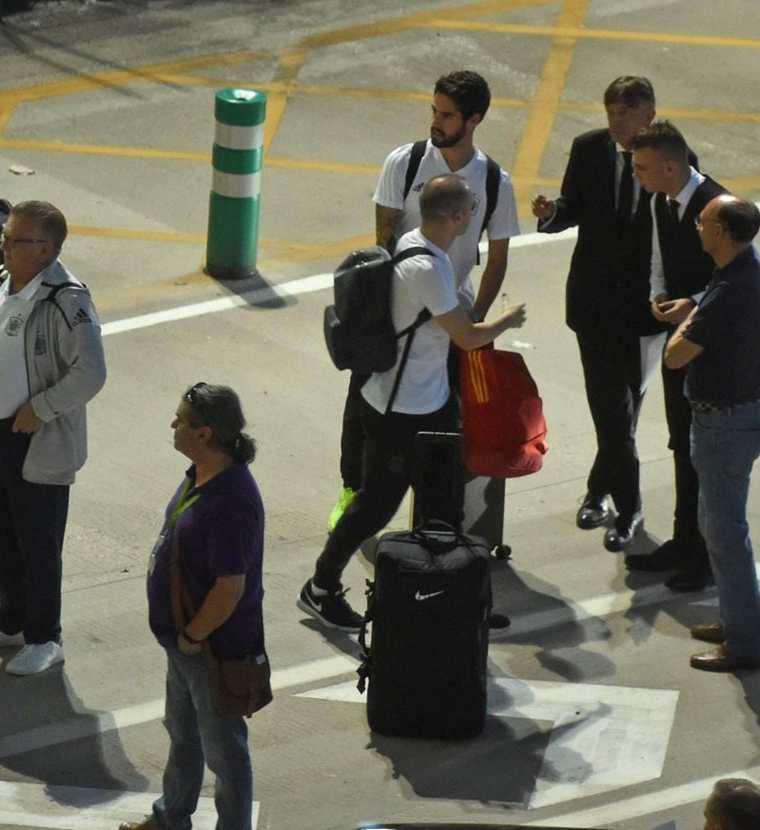 La Selección española regresó a España tras su eliminación en el Mundial. (Foto Prensa Libre: EFE)