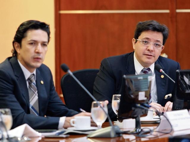 Consultarán reforma fiscal con diversos sectores