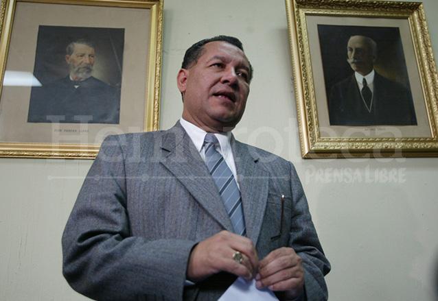 Arístides Crespo: de maestro a diputado omnipresente