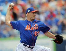 Seth Lugo, pitcher derecho de los Mets de Nueva York, sufrió una ruptura parcial en un ligamento del codo con el que lanza. (Foto Prensa Libre: AP)