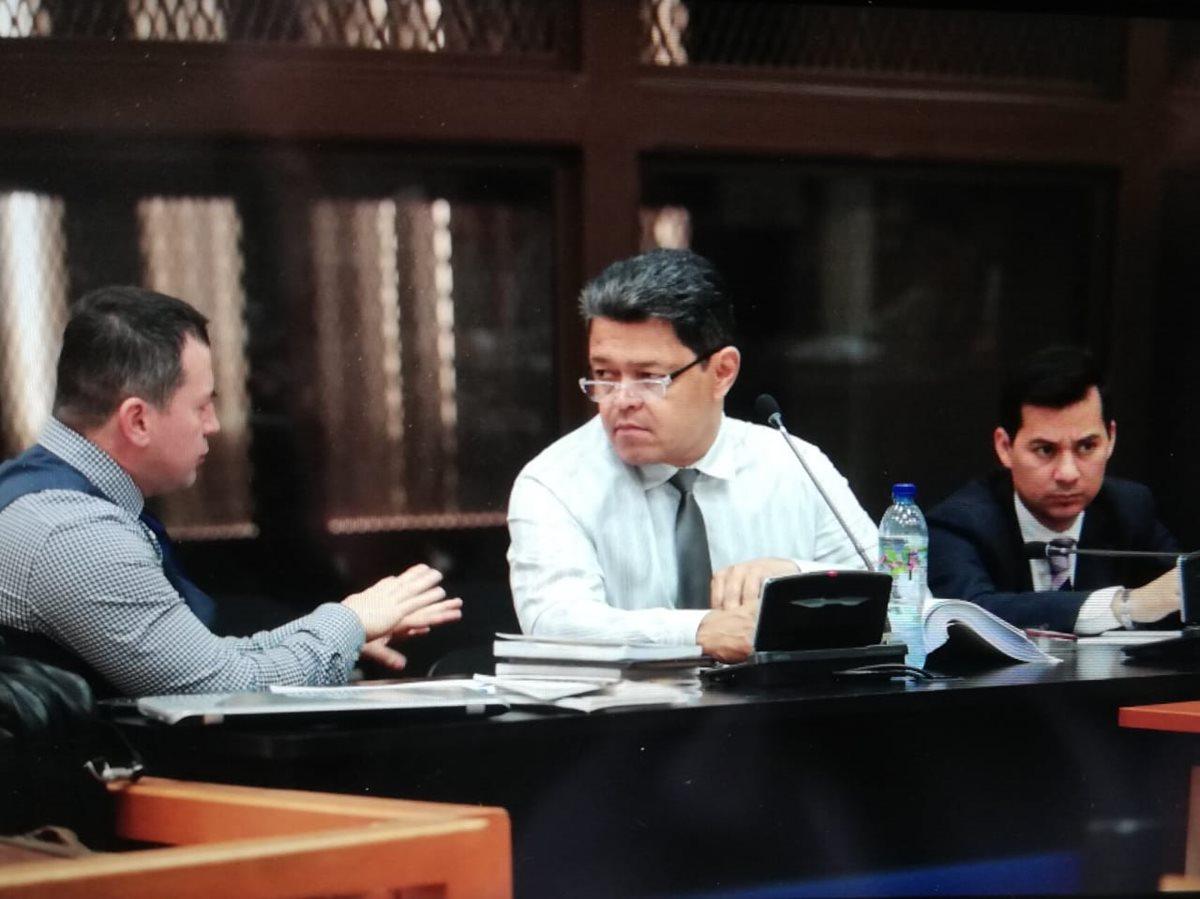 Reproducen señalamientos de Monzón en audiencia contra Raúl Osoy