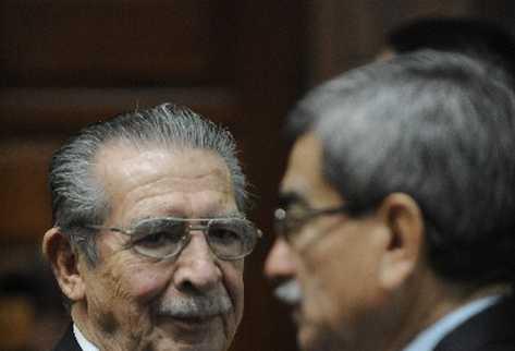 El proceso contra  Ríos Montt y Rodríguez Sánchez sigue en impasse.