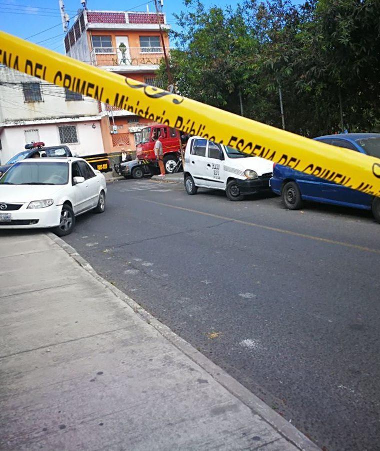 El martes once personas fueron heridas en hechos de violencia en la metrópoli de Guatemala. (Foto Prensa Libre: Estuardo Paredes)