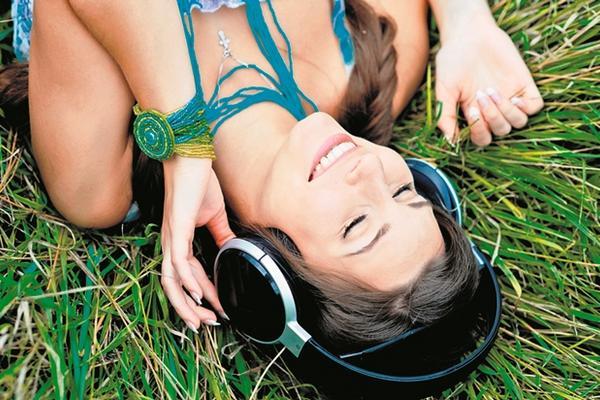 Las melodías  pueden influir positiva o negativamente en el estado de ánimo. (Foto Prensa Libre: Archivo)