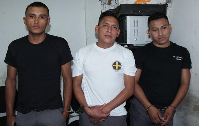 Capturan a guardias del SP por fuga de pandillero