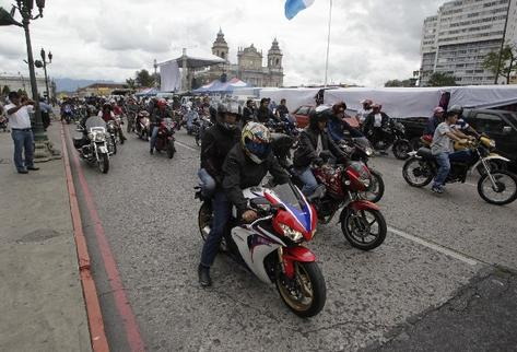 SAT modifica lineamientos para cambio de placas de motocicletas y esto se debe saber para agilizar el trámite