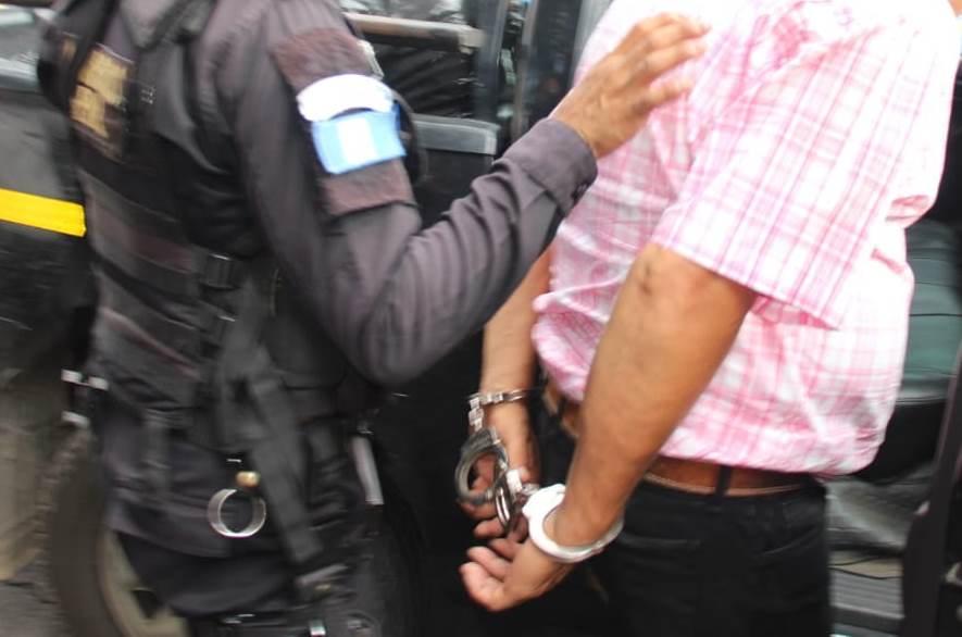 Noé Zacarías Godoy Esquivel fue detenido en Retalhuleu, señalado de trasegar droga a Estados Unidos.(Foto Prensa Libre: PNC)