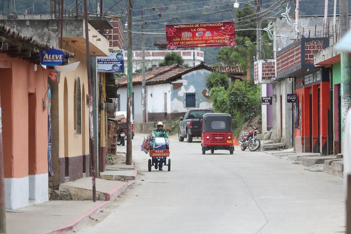 Cubulco es el municipio más pobre de Baja Verapaz, condición que no ofrece trabajo a sus habitantes que ven en la migración su única opción. (Foto Prensa Libre: Érick Avila)