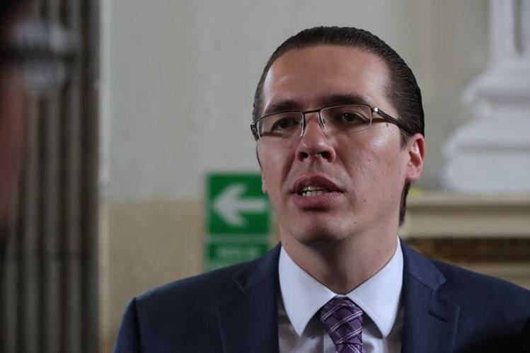 Felipe Alejos denuncia en Washington supuesta persecución política