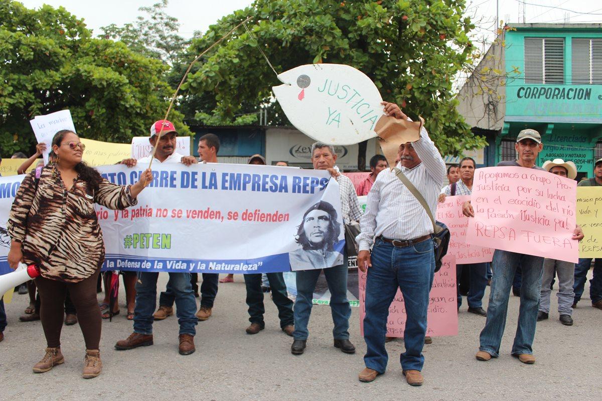 Rechazan ataques a defensores de derechos humanos