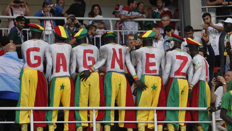 La afición del equipo africano estuvo presente en el Spartak de Moscú. (Foto Prensa Libre: EFE)