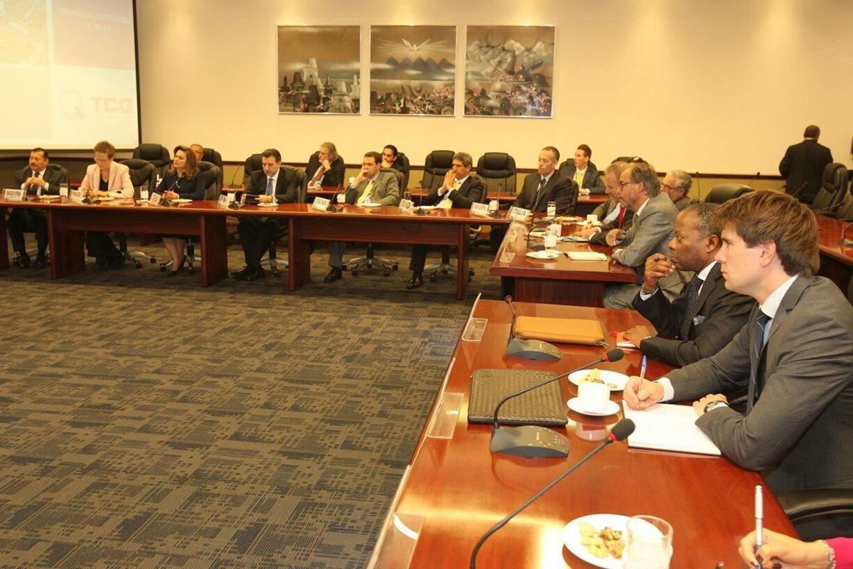 G13 y Pérez Molina discuten medidas para mejorar la recaudación