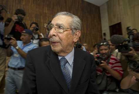 José Efraín Ríos Montt, ex jefe de Estado de facto, condenado a 80 años  por genocidio.