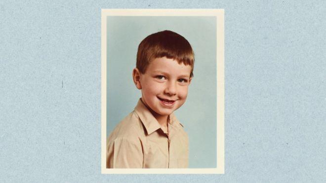 La madre de Matt le dio la noticia cuando él tenía 12 años.