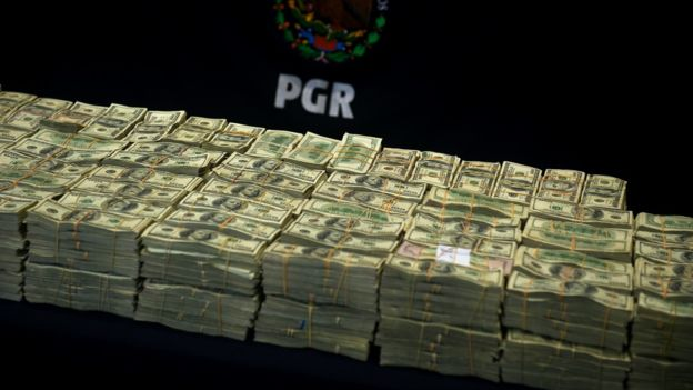 EE. UU. intenta confiscar el dinero que acumuló Guzmán, pero se ignora dónde está. AFP