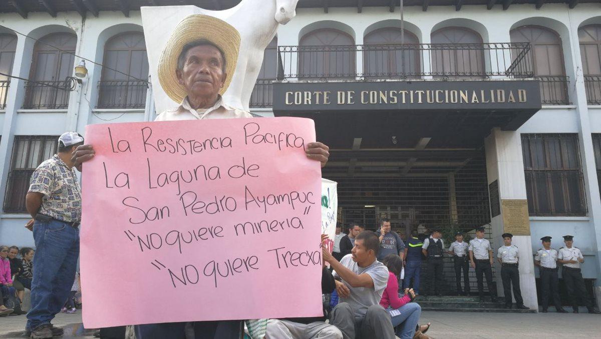 Pobladores de La Puya piden a la CC fallos contra mina