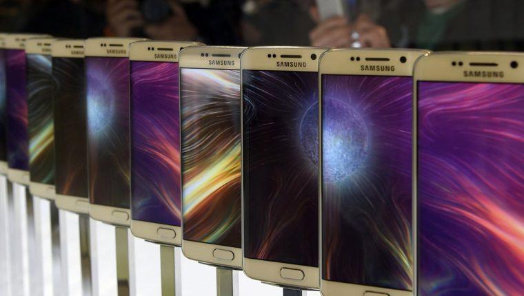 Apple le pedía US$1 mil millones a Samsung por la supuesta violación de patentes (Foto Prensa Libre: AFP)