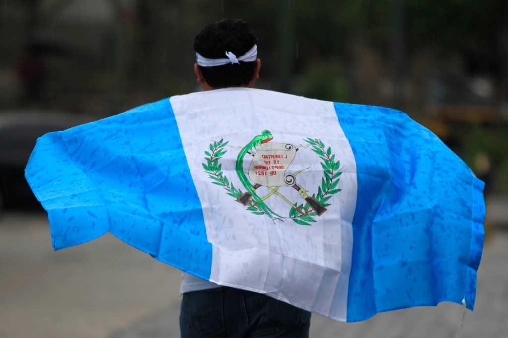 El guatemalteco exige justicia y seguimiento a los casos de corrupción.