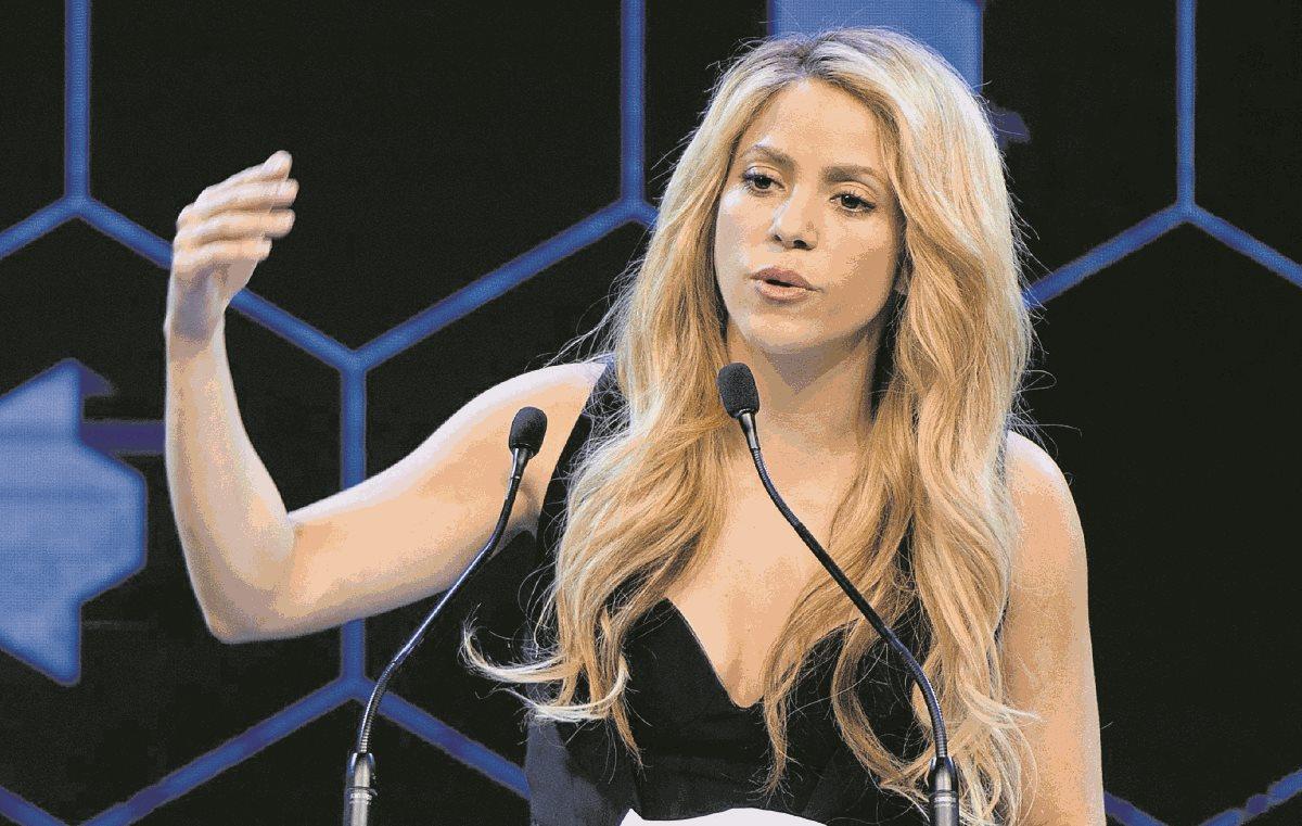 Fisco español le reclama a la cantante Shakira el pago de los impuestos como residente de ese país.(Foto Prensa Libre: EFE)