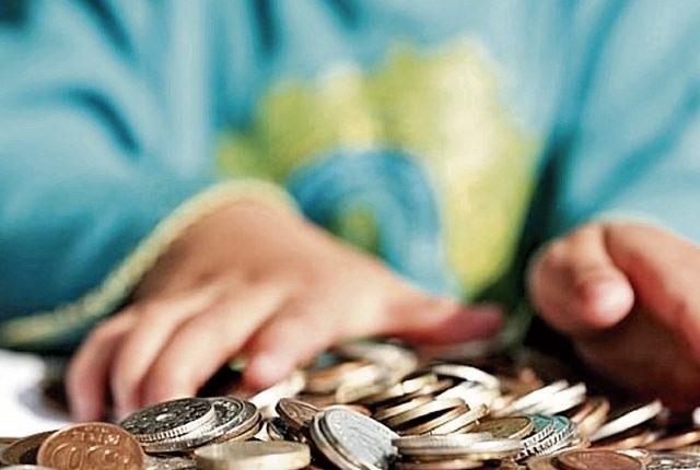 Desde muy pequeños los niños pueden aprender a tener una vida financiera saludable.