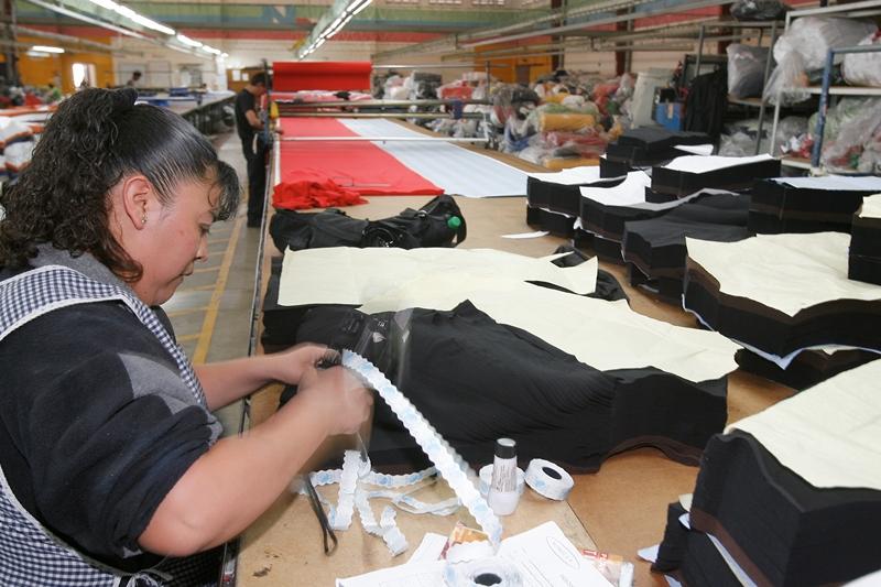 La industria manufacturera creció 3.1% en el 2018. (Foto Prensa Libre: Hemeroteca PL).