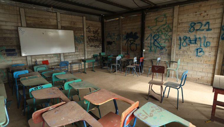 La infraestructura educativa es uno de los problemas recurrentes y un factor asociado que afecta en la calidad educativa. (Foto Prensa Libre: Hemeroteca PL)