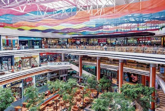 Guatemala se encuentra por debajo de la media en Latinoamérica en construcción de centros comerciales. (Foto Prensa Libre: Cortesía C.C. Portales)