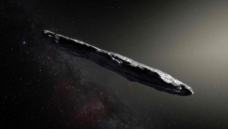 Oumuamua, el extraño cuerpo celeste que desata un airado debate entre científicos. (Foto Prensa Libre: AFP)