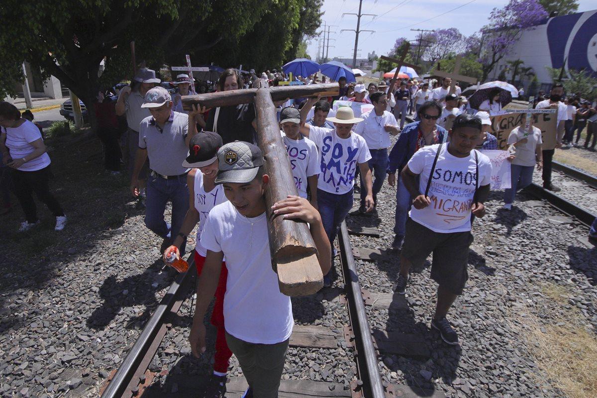 """Trump arremete con furia contra México y el """"Viacrucis Migrante"""""""