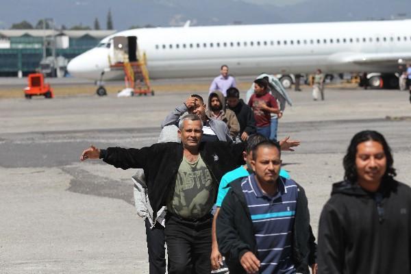 Los retornados se enfrentan a  un panorama adverso al regresar al país. (Foto Prensa Libre: Hemeroteca PL)