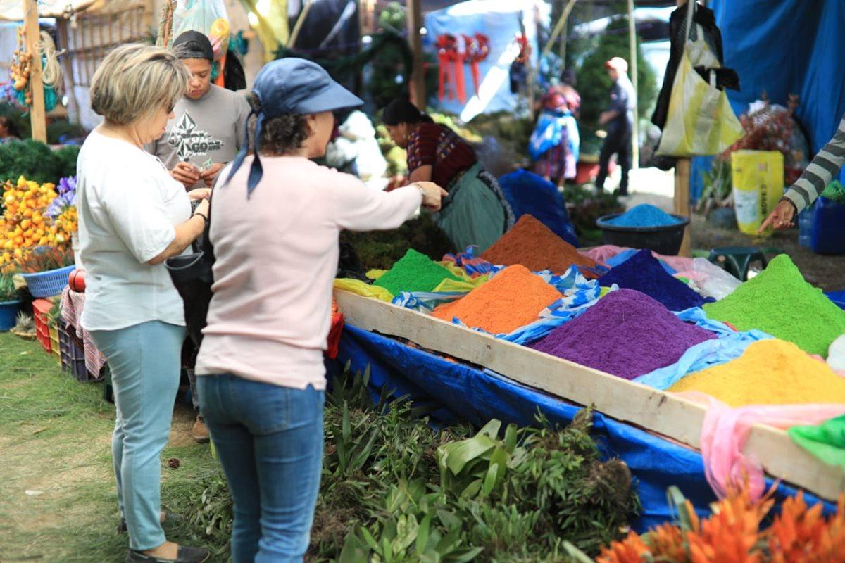 Fervor navideño en calles de Guatemala