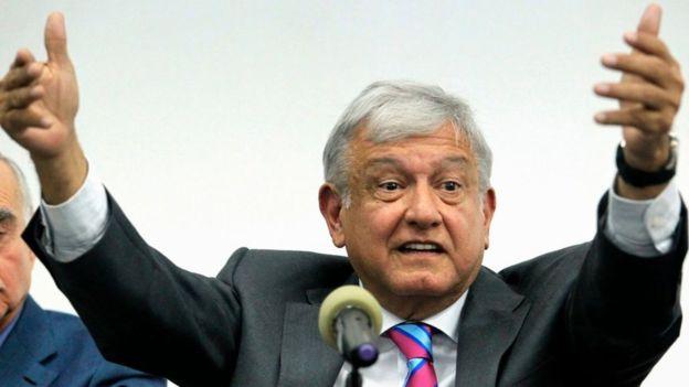 El presidente electo de México, Andrés Manuel López Obrador, no podrá asistir al foro porque asume la presidencia este sábado. ULISES RUIZ