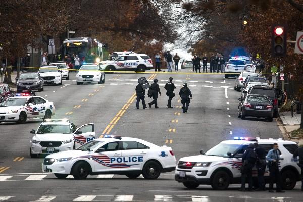 Falsa noticia en redes sociales provoca balacera en Washington