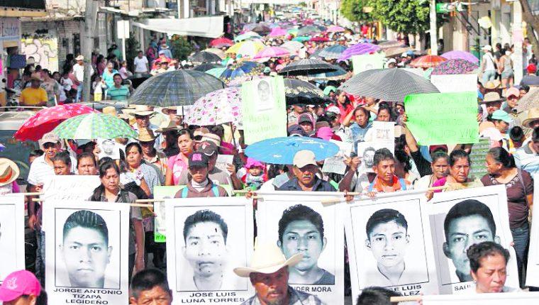 Las protestas por el caso Ayotzinapa cumplen un año. (Foto: AFP)