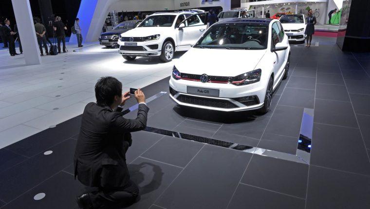La Unión Europea advirtió que EE. UU. planea imponer nuevos aranceles a la importación de vehículos. (Foto Prensa Libre: AFP)