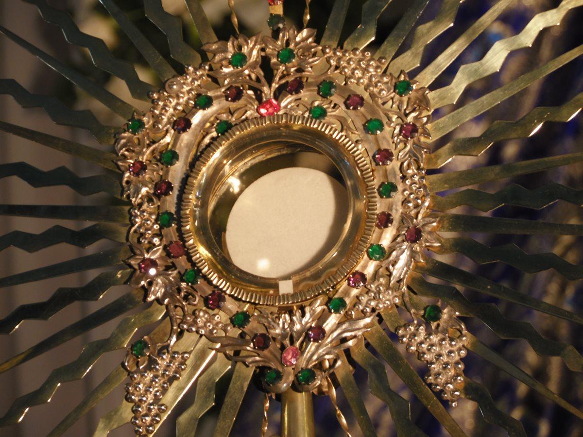 La Eucaristía es el sacramento que se da a los fieles en forma de hostia. (Foto: Néstor Galicia)