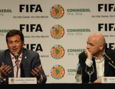 El presidente de la FIFA, Gianni Infantino, insistió hoy en Asunción en que los dirigentes de imputados en presuntos casos de corrupción indemnicen a las federaciones. (Foto Prensa Libre: AFP)