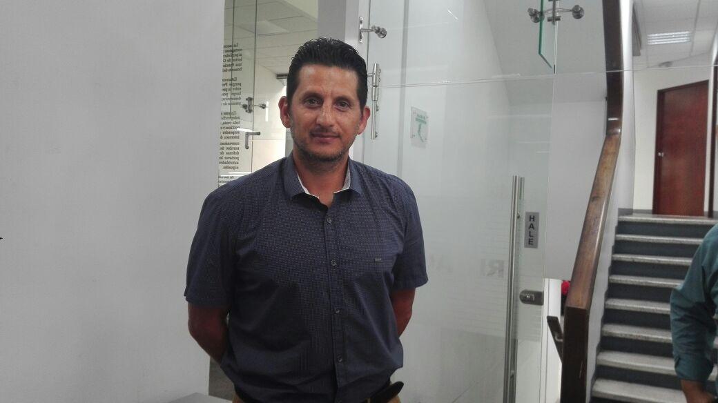 Ronald González es el actual entrenador de Comunicaciones. (Foto Prensa Libre: Carlos Vicente)